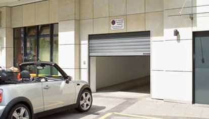 Puertas garage comunitario Lafmar