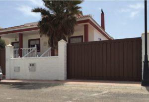 puerta-garaje-batiente-lafmar-rustic